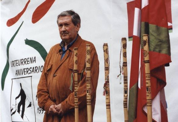 Paco Iriondo en Elgeta durante la celebración del 75 aniversario de la fundación de la Federación Vasco Navarra de Alpinismo (A. Iturriza)