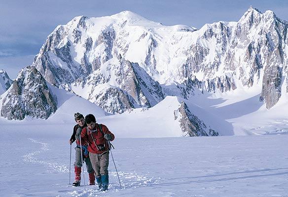 Rosen y Villar regresando de una invernal en el macizo de Mont Blanc en 1966 (A. Rosen)