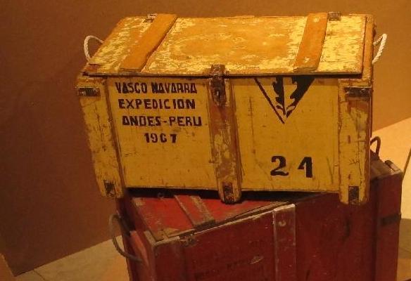 Cajas de material de la expedición vasca a los Andes de Perú, 1967